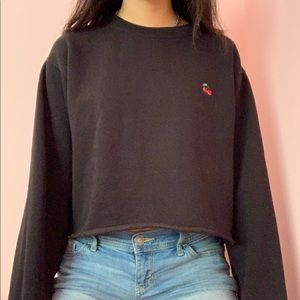 Brandy melville cropped cherry nancy sweater